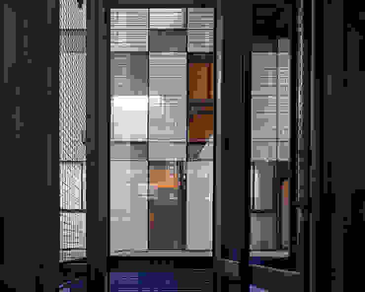 Tadeo 4909_10 Pasillos, vestíbulos y escaleras industriales de Proyecto Cafeina Industrial