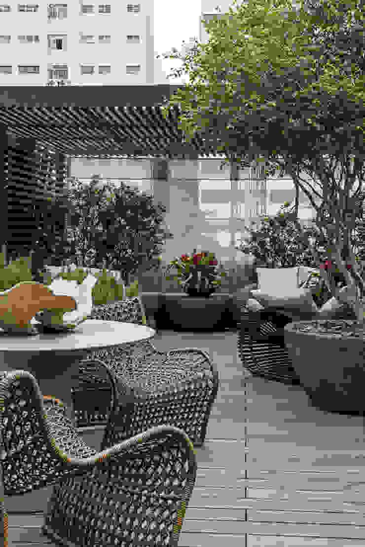 Jardines de estilo moderno de Denise Barretto Arquitetura Moderno