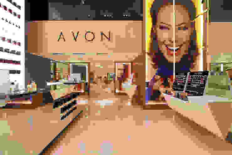 Avon Lojas & Imóveis comerciais modernos por Denise Barretto Arquitetura Moderno