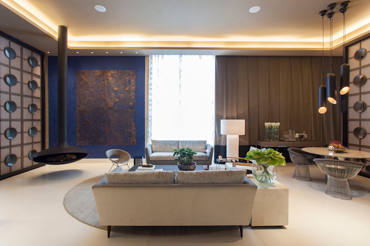 Living room by Denise Barretto Arquitetura,