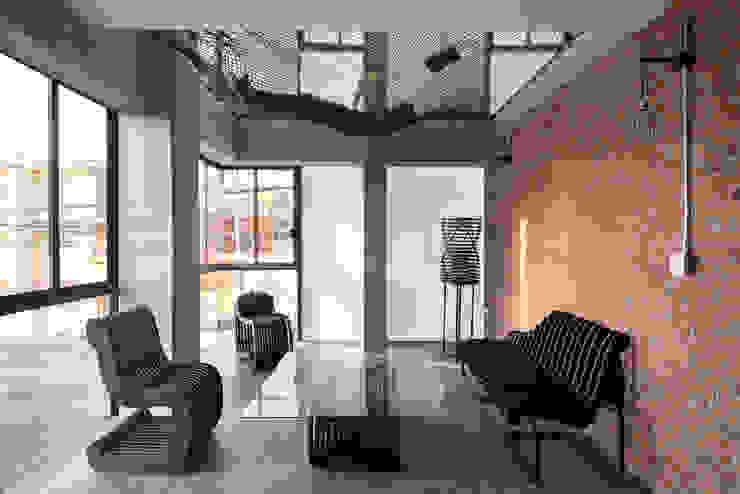 Tadeo 4909_19:  de estilo industrial por Proyecto Cafeina, Industrial