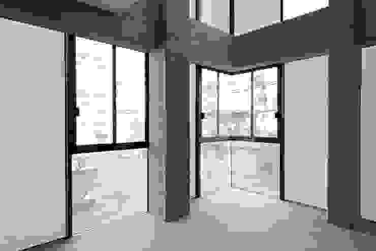 Tadeo 4909_27:  de estilo industrial por Proyecto Cafeina, Industrial