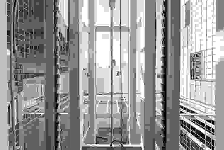 Tadeo 4909_26:  de estilo industrial por Proyecto Cafeina, Industrial