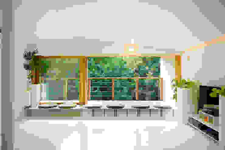 杜をつかまえる家: FAD建築事務所が手掛けた折衷的なです。,オリジナル