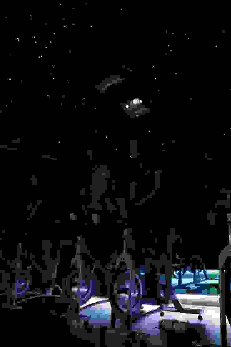 Spinning ruimte Sportschool Sterrenhemel plafond verlichting op de maat van de muziek MyCosmos Moderne evenementenlocaties
