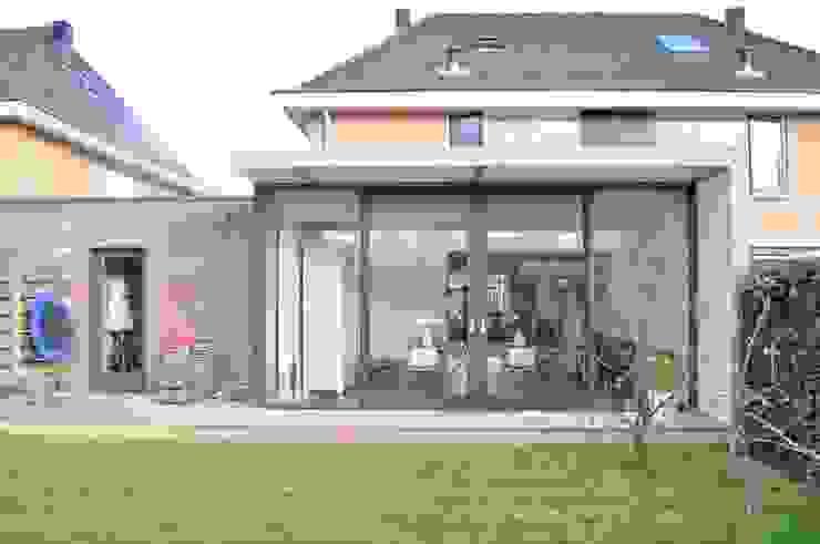 Casas de estilo  por Nico Dekker Ontwerp & Bouwkunde