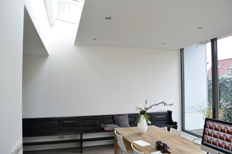 Esszimmer von Nico Dekker Ontwerp & Bouwkunde, Modern