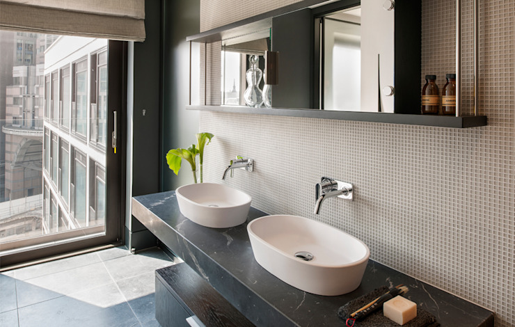 Bathroom by The Manser Practice Architects + Designers,