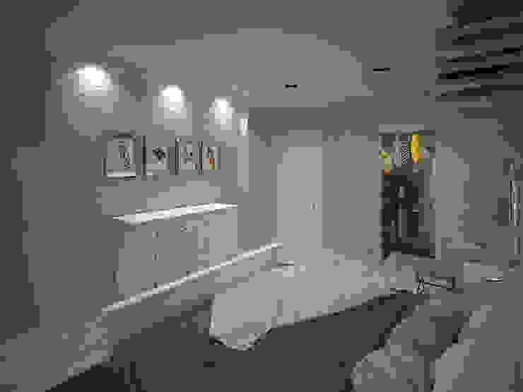 Современная классика / Двухкомнатная квартира в Казани по ул. Восстания Спальня в стиле лофт от Decor&Design Лофт