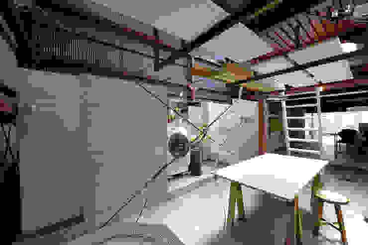 西陣のスタジオ の 伊藤立平建築設計事務所 オリジナル