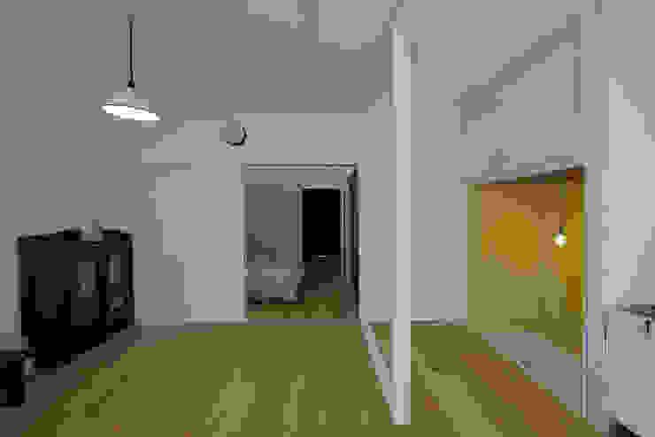 西陣のスタジオ オリジナルデザインの 多目的室 の 伊藤立平建築設計事務所 オリジナル