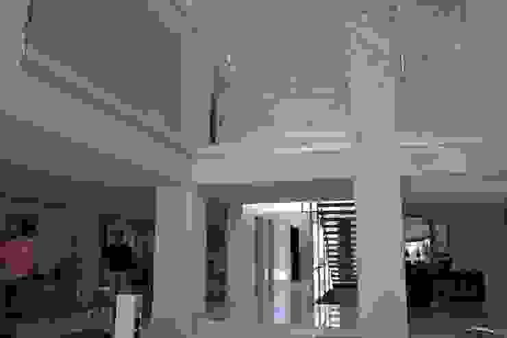 Casa Nathalia Comedores de estilo mediterráneo de Alicante Arquitectura y Urbanismo SLP Mediterráneo