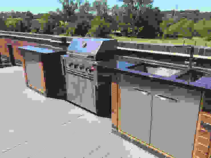 Outdoor kitchen Modern garden by Lush Garden Design Modern