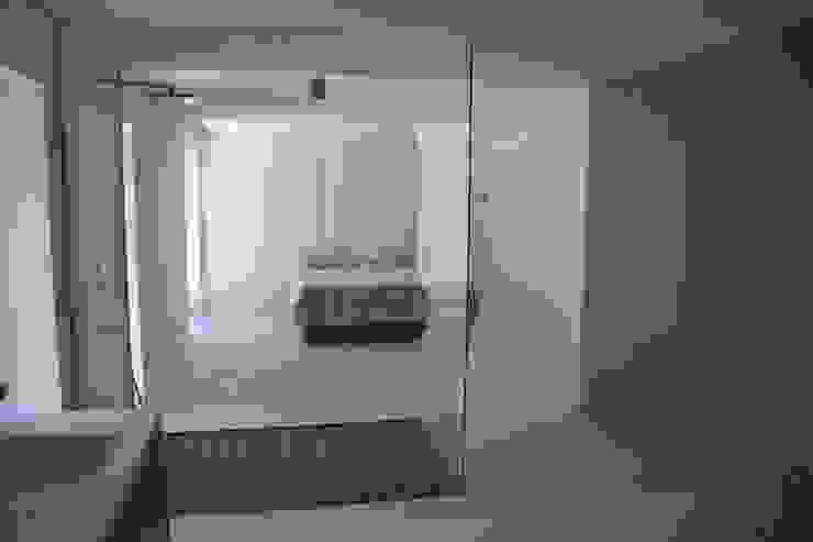 Interior Dormitorios de estilo moderno de Alicante Arquitectura y Urbanismo SLP Moderno