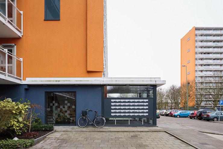 Elementum Verbeterd Minimalistische gangen, hallen & trappenhuizen van Studio LS Minimalistisch
