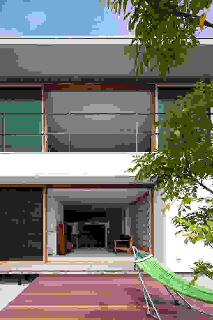 HILL HOUSE モダンな 家 の プラスアトリエ一級建築士事務所 モダン