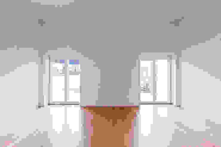 Wohnraum Moderne Wohnzimmer von Swissrenova AG Modern