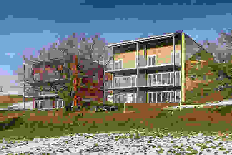 Aussenansicht Moderner Balkon, Veranda & Terrasse von Swissrenova AG Modern
