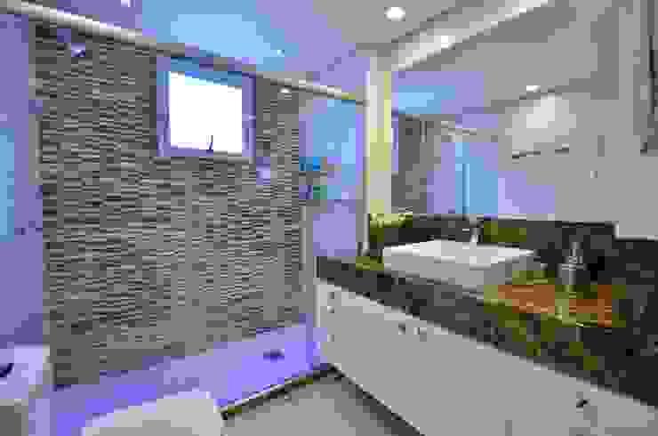 Bela Vista 01 Banheiros modernos por Juliana Baumhardt Arquitetura Moderno