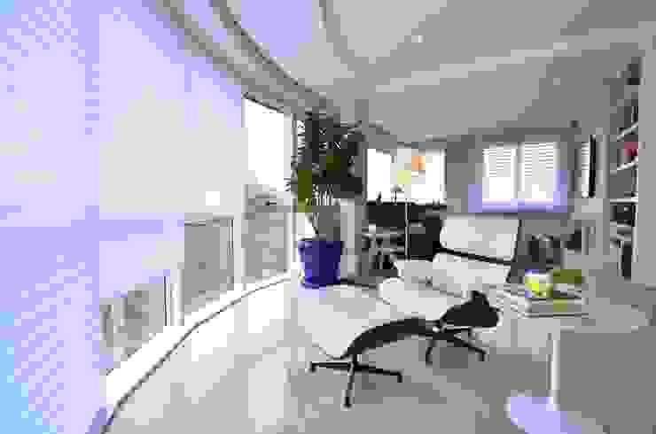 Bela Vista 01 Salas de estar modernas por Juliana Baumhardt Arquitetura Moderno