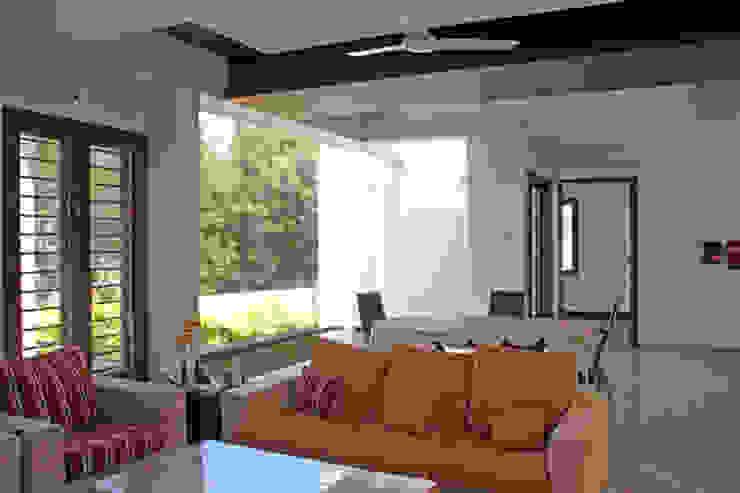Livings de estilo moderno de Muraliarchitects Moderno