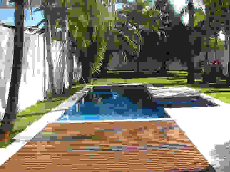 CASA LB Piscinas modernas por DIOGO RIBEIRO arquitetura Moderno