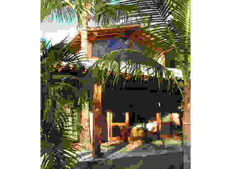 Residência Outeiro Casas tropicais por Cria Arquitetura Tropical
