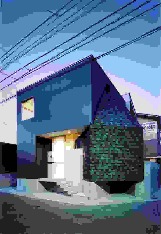 Casas de estilo minimalista de Spell Design Works Minimalista