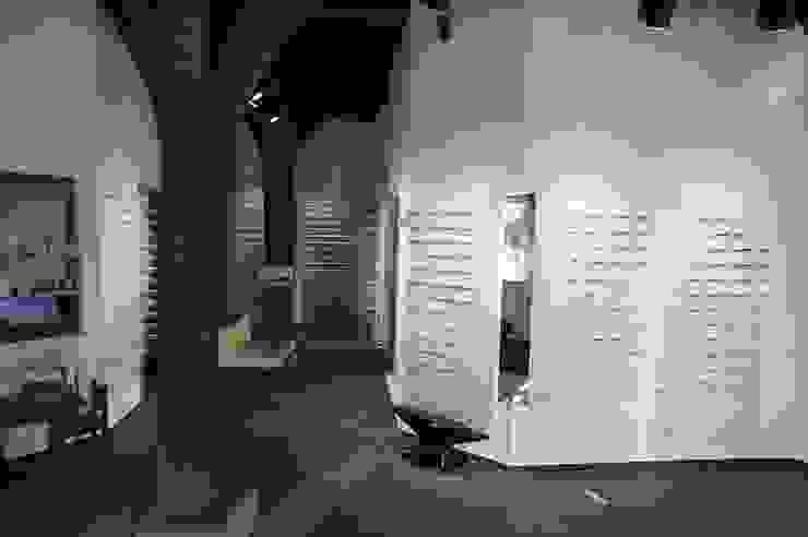 Brillenschmiede Moderne Ladenflächen von Blindow möbel+raum Modern