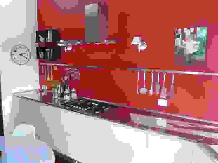 Appartamento a Milano Cucina moderna di Karin Künzli Moderno