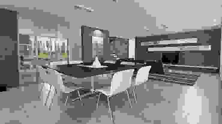 Salle à manger moderne par Chazarreta-Tohus-Almendra Moderne