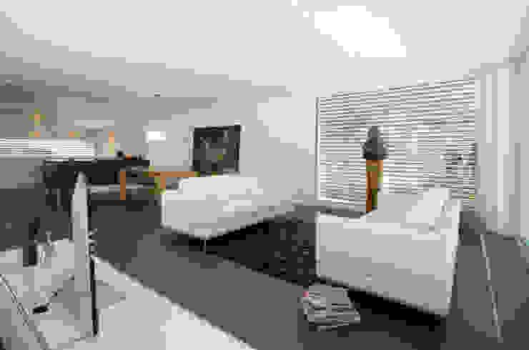 Salon moderne par Unica Architektur AG Moderne