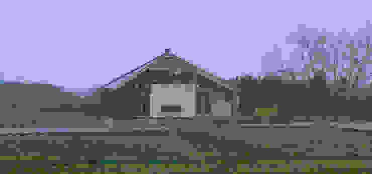 田主丸のウィークエンドハウス 北欧風 家 の u.h architects 北欧