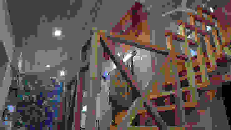 田主丸のウィークエンドハウス 北欧スタイルの 玄関&廊下&階段 の u.h architects 北欧