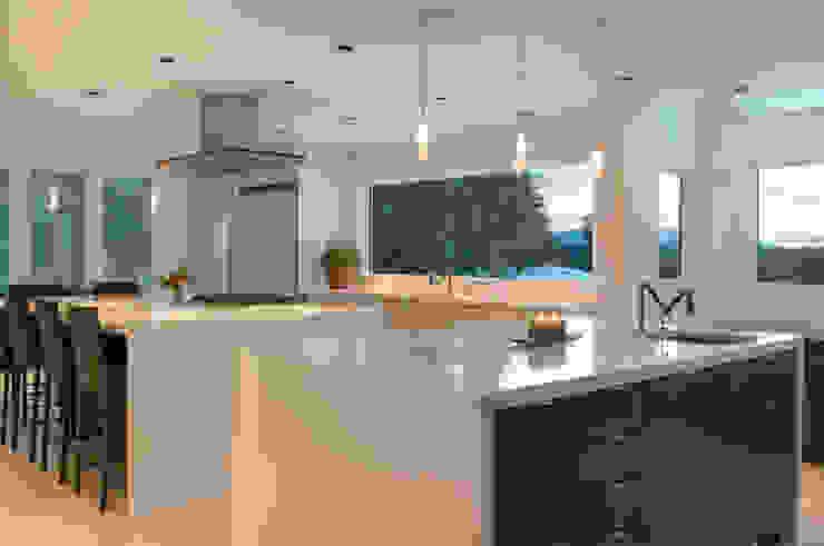 Knights Hill Cocinas modernas de InteriorEs Silvana McColgan Moderno