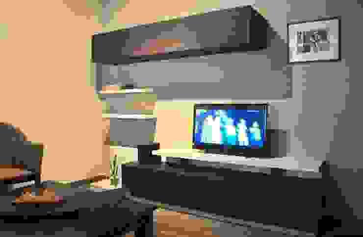 Salas de estilo moderno de ZYX estudio Moderno