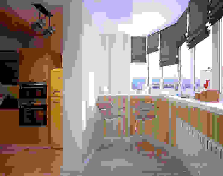 """Дизайн кухни в современном стиле в ЖК """"Панорама"""": Кухни в . Автор – Студия интерьерного дизайна happy.design, Модерн"""