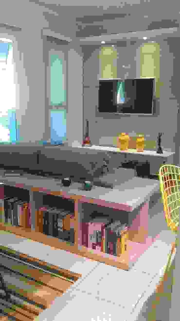 Apartamento Salas de estar ecléticas por Daiana Pasqualon Arquitetura & Lighting Eclético