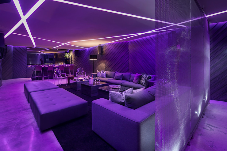 Casa BC Salas multimedia modernas de GLR Arquitectos Moderno