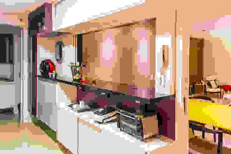 KP 1401 Cozinhas modernas por POCHE ARQUITETURA Moderno
