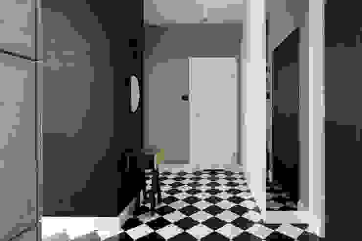 Minimalist Koridor, Hol & Merdivenler www.niewformie.pl Minimalist
