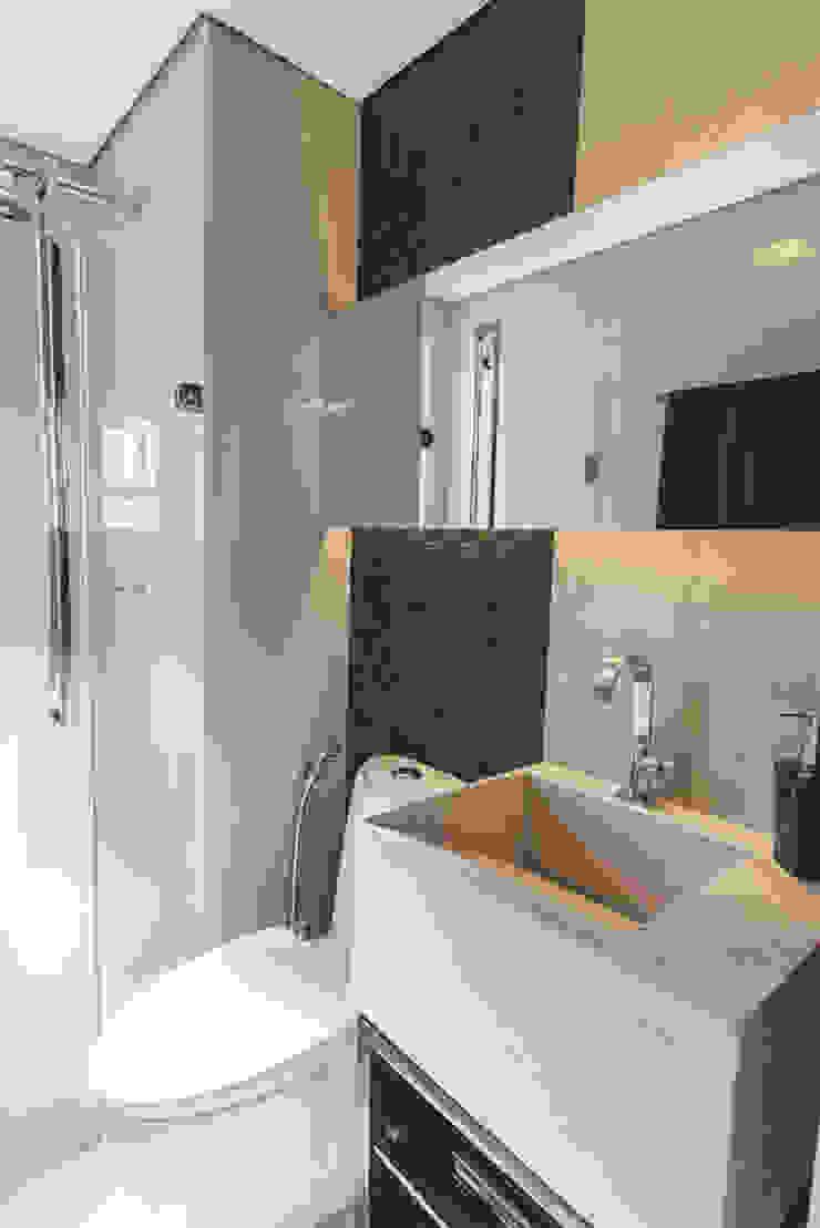 Condominio Laffite Banheiros modernos por POCHE ARQUITETURA Moderno