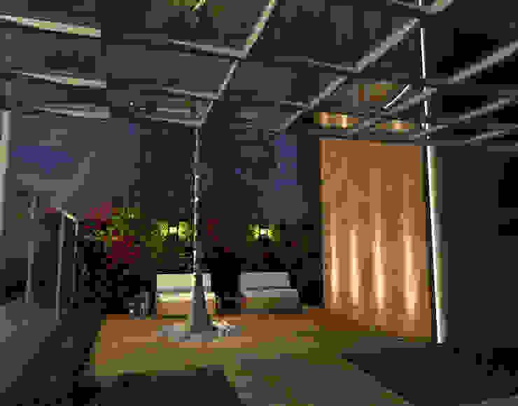 Fachada Salão de Festas Locais de eventos modernos por Konverto Interiores + Arquitetura Moderno