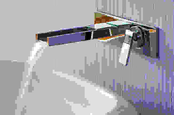 Phòng tắm theo homify, Hiện đại