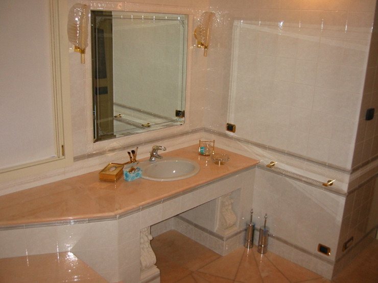 Edil One Bergamo srl Modern bathroom