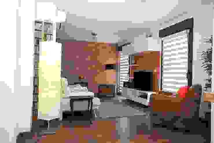 Salon loft verrière Salon industriel par Agence C+design - Claire Bausmayer Industriel