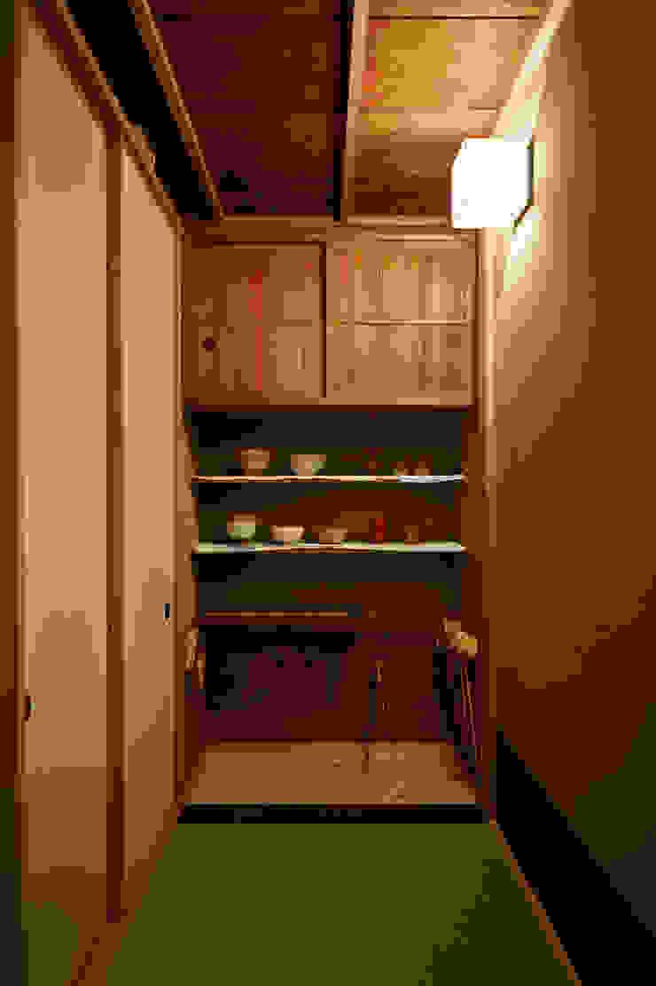 水屋 クラシックデザインの キッチン の 株式会社吉川の鯰 クラシック