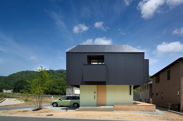箕面森町の家: 安部秀司建築設計事務所が手掛けた家です。,モダン