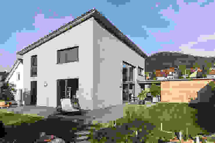 Haus OM in Seelbach Moderne Häuser von Schuler Architekten Modern