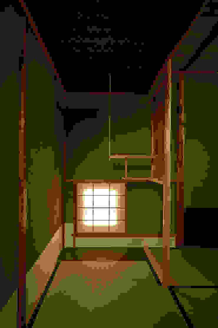 茶室 クラシックデザインの 多目的室 の 株式会社吉川の鯰 クラシック